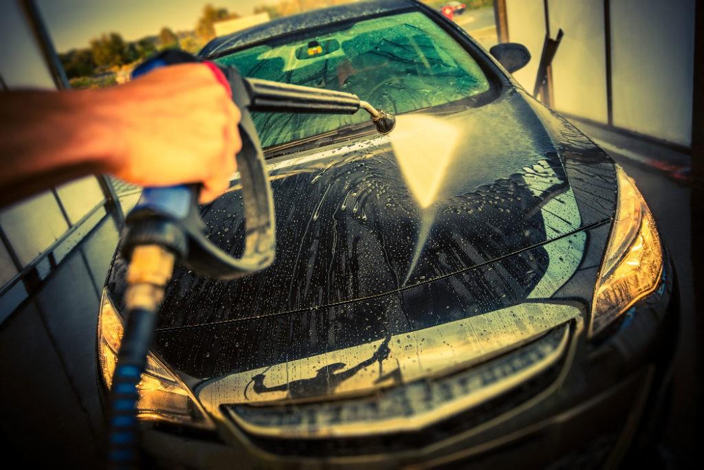 autopesula ja yliteippaus